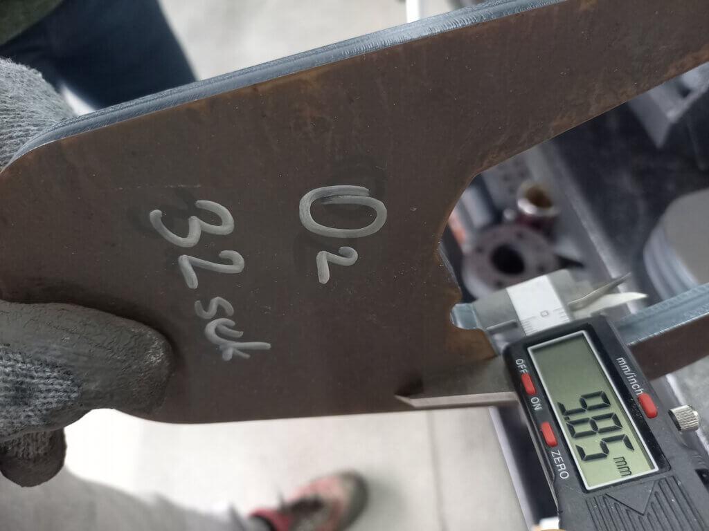 10 mm Miilux 500 kulutusterästä laserleikattuna.