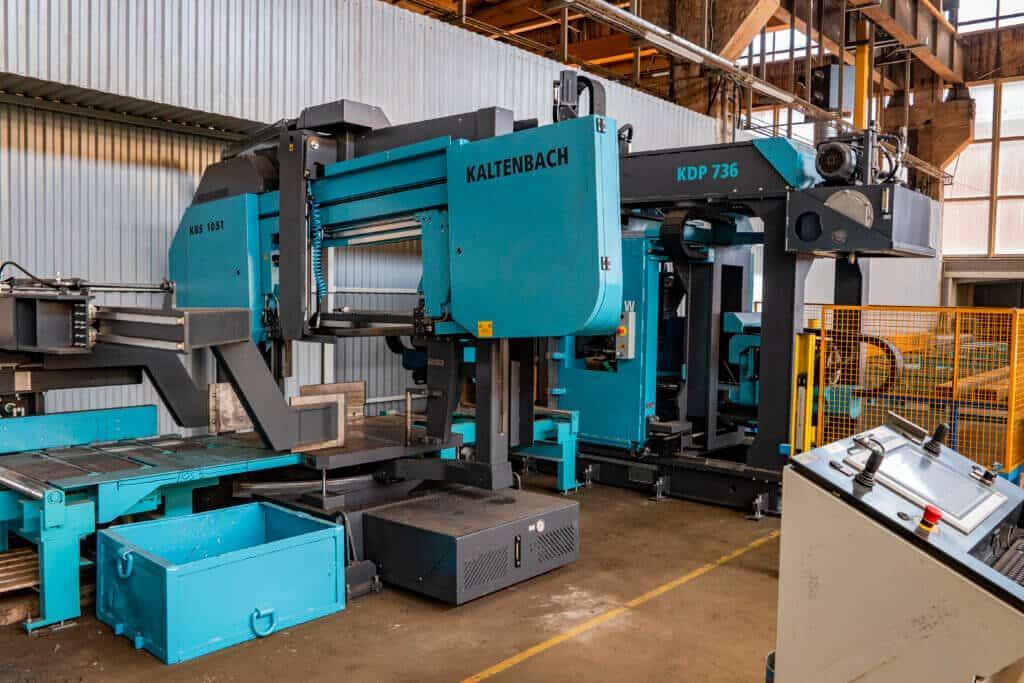 Kaltenbachi uus konstruktsioonidetailide töötlemise seade lisab kogu tehase tööle tootlikkust ning võimaldab tulevikus kõiki tootmisprotsessi etappe ka paremini jälgida.