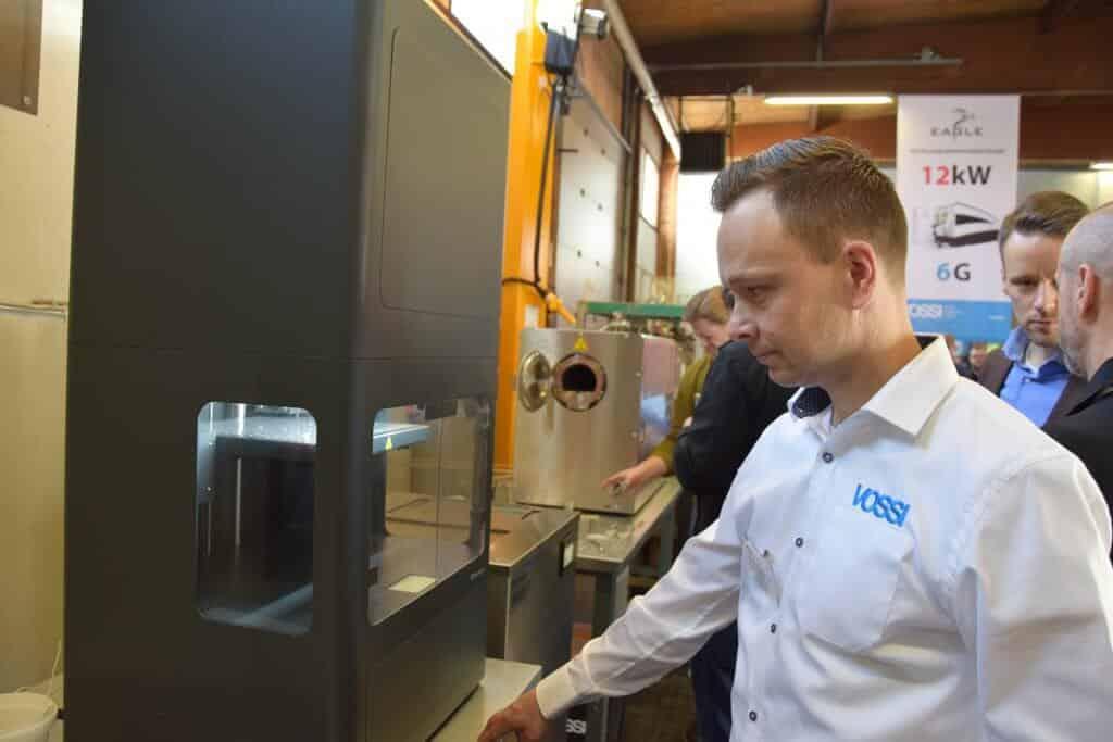 Mikko Ojanto on Vossilla uusi mies 3D-metallitulostuksen sektorilla. Pitkän 3D-tulostuskokemuksen omaavan Mikko Ojanton toimipiste on Naantalissa.