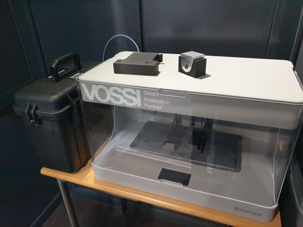"""""""Laitteen mukavana puolena jigien valmistamisessa on tietenkin se, että kun jigit tehdään tulostamalla, säästyy ohjelmienteko- ja koneistusaikaa muuhun tuotantoon. Kyllähän niissä melkoisesti aikaa yleensä saa kulumaan"""", Timo Mastokangas sanoo."""
