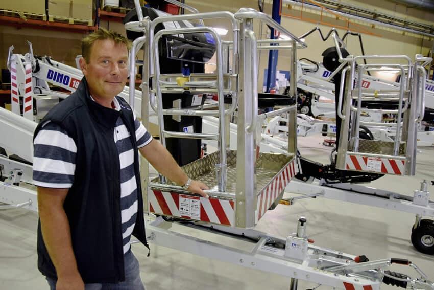 Dinolift vie tuotteistaan yli 85 prosenttia. Nostimia valmistuu Loimaalla markkinoille lähes tuhat vuodessa, kertoo Tuomas Heilala.