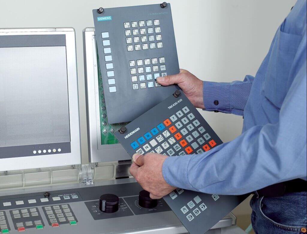 EMCO tarjoaa ainutlaatuisen mahdollisuuden opiskella ja käyttää nopeasti vaihdettavia Fanuc, Heidenhain, Siemens ja Fagor CNC-ohjauksia samassa koneessa.