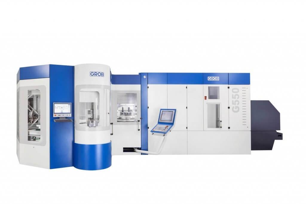 Saksalainen työstökonejätti GROB esittelee osastollaan 10/B11 ainutlaatuisia vaakakaraisia 5-akselikeskuksiaan yhdistettynä paletti- ja työkaluautomaatioon.