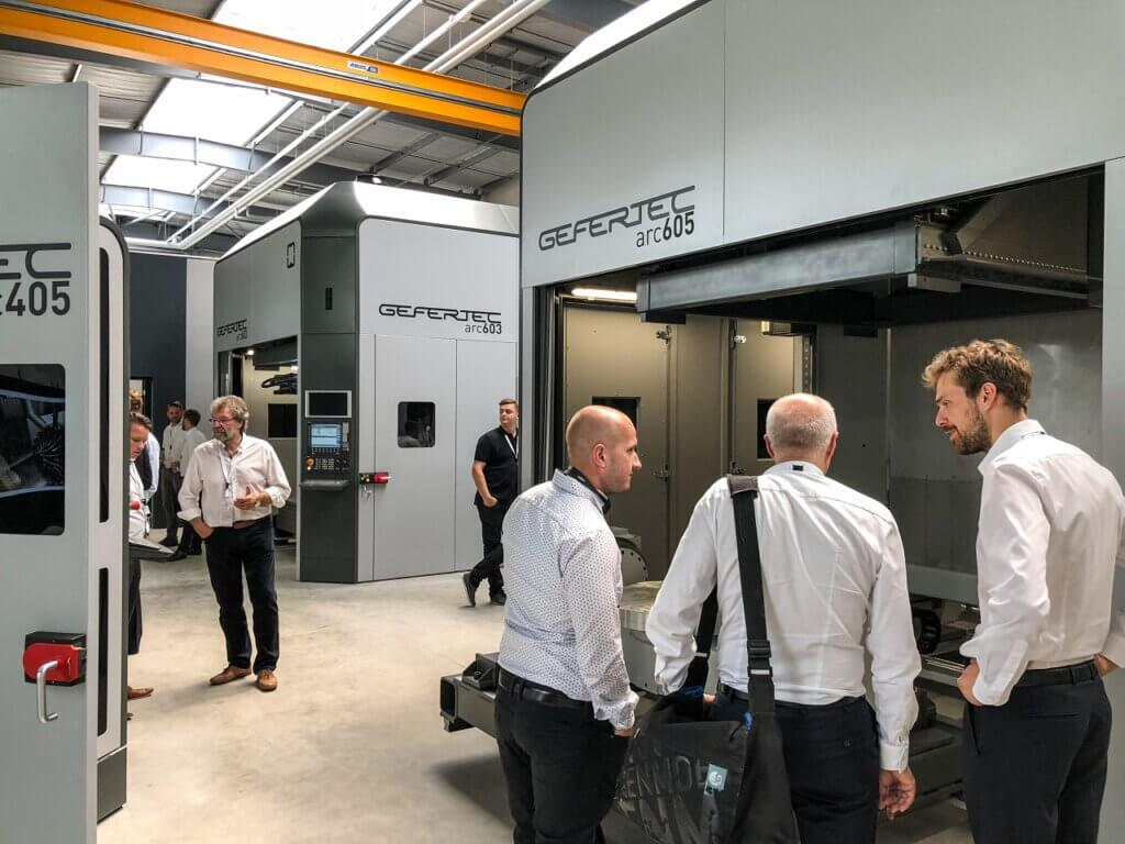Customers are welcome to visit Gefertec's Technology Center in Berlin, where test prints of customers 'pieces can also be made.