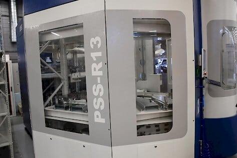 Koneen yhteyteen Pro Estore hankki myös tehokkaan palettiratkaisun ja 340-paikkaisen työkaluautomaation tuotantoa edelleen tehostamaan.