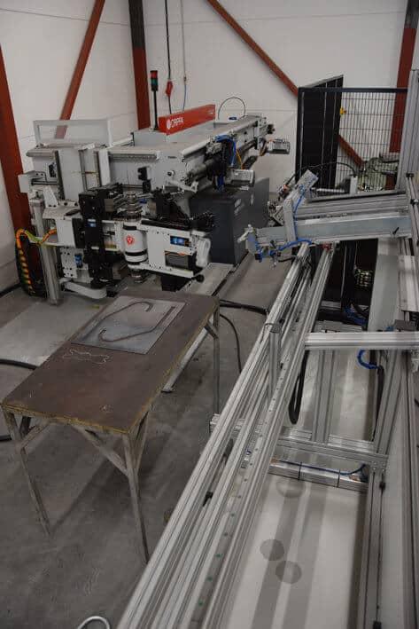 Metalli Järvelän tuoreeseen konekantaan kuuluu myös Crippan taivutustekniikkaa.