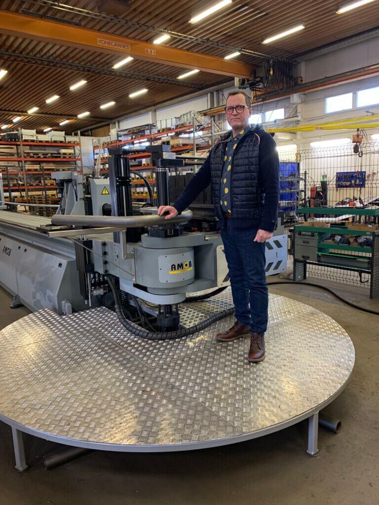 – Uusien AMOBien ansiosta pystymme nostamaan oman tuotantomme jalostusarvoa ja omavaraisuusastetta. Kiteyttäen voisi todeta, että koko ketju on nyt entistä paremmin omassa hallinnassamme, kertoo toimitusjohtaja Juha Riikonen.