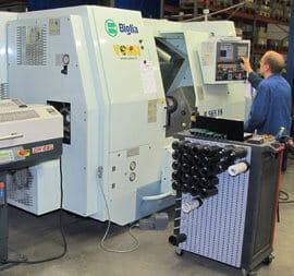 Moninaiset tuotteet valmistetaan kerralla valmiiksi Biglia B565 YS sorvauskeskuksella.