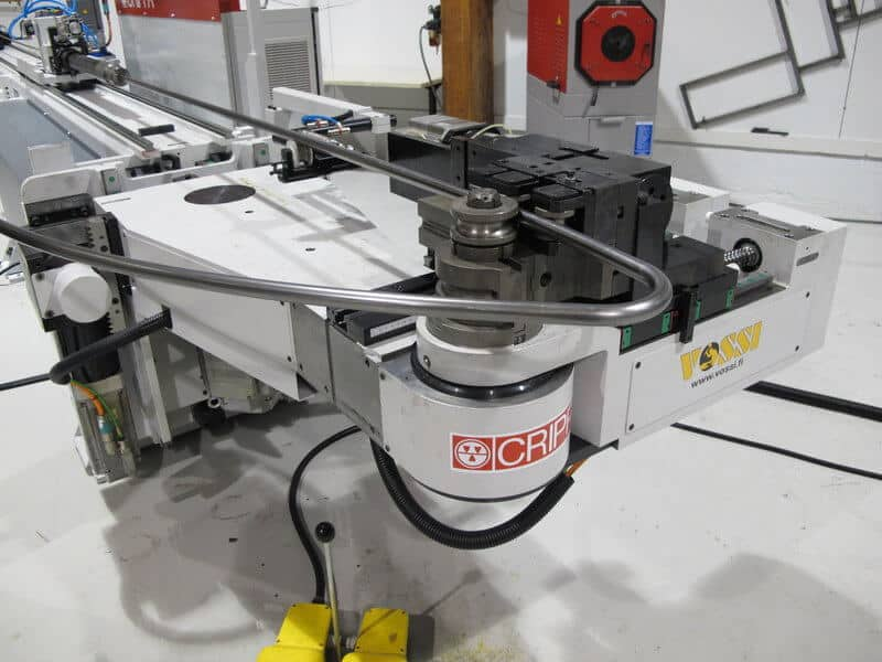 Täyservotoiminen 9-akselinen Crippa CNC-putkentaivutus-teknologia tuo selkeää nopeutta tuotantoon ja luo teolliselle muotoilulle uudet ulottuvuudet.