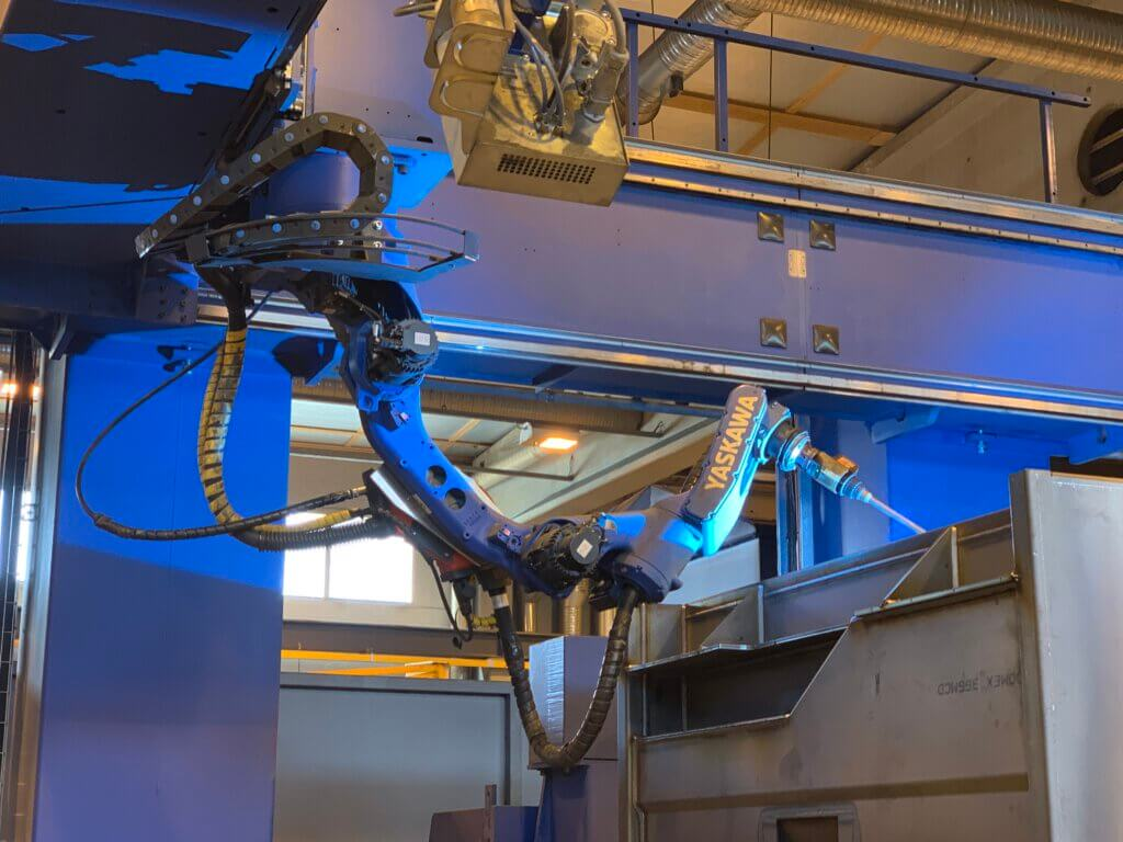 NTcab on panostanut myös tuotannon automatisointiin, joka toimitusjohtaja Hyyryläisen mukaan muokkaa työtoimia tekijäystävällisemmäksi, muokaten myös työtehtävien sisältöä mielenkiintoisemmiksi.