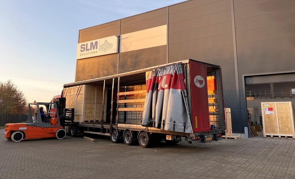 Ensimmäinen 12-laserin 3D-metallitulostin SLM Solutions NXG XII 600 lähdössä joulukuussa 2020 pitkäaikaiselle kumppaniasiakkaalle Divergent 3D:lle Yhdysvaltoihin.