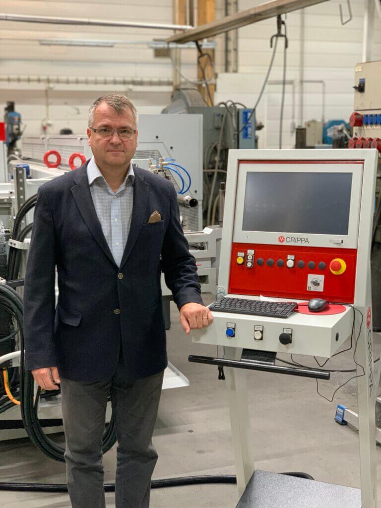 Meillä on nyt tuotannon ydinkoneina kolme Crippaa, joilla pystymme tarjoamaan entistä tehokkaammin taivutuspalveluita alihankintana myös muille toimijoille, kertoo tuotantojohtaja Seppo Korhonen.