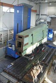 Fermat WRF 150 CNC-avarruskoneessa pystyliikettä peräti kuusi metriä ja karahalkaisija on 150 mm. Kuvassa työn alla 50 tonnia painava karusellisorvin pylväs.