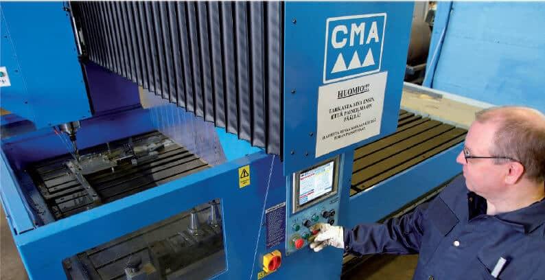 CMA GRD CN40 3018R CNC-portaaliporaus- ja kierteityskeskus on tärkeässä roolissa numeerisien koneiden opetustehtävässä.