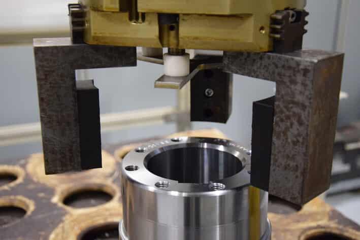 Yritys hankki tulostimen lähinnä robottileukojen tuotantoon.