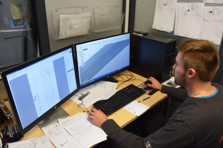 Ohjelmointiin yrityksen käytössä on mm. GibbsCam-ohjelmisto.