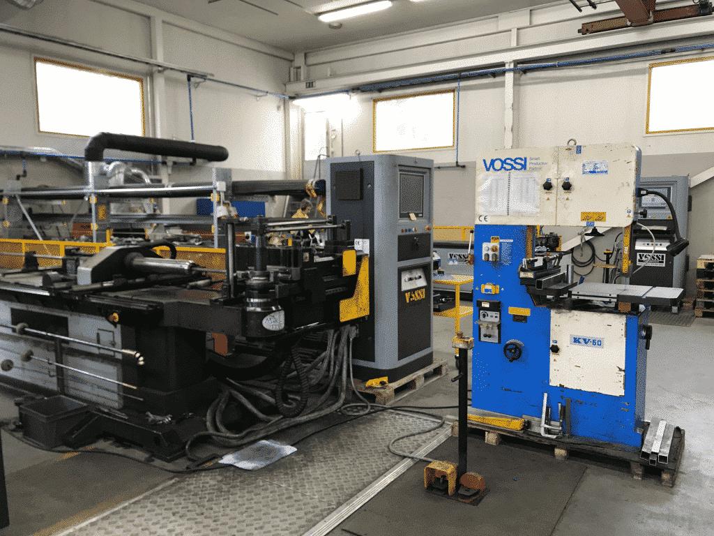 Macri-kaksikko toimii Toivalan Metallin putkentaivutuksen ytimenä. Koneiden tuotantovarmuuden takuuna seisoo Vossin huoltosopimus. Muutoinkin Toivalan Metallin tuotanto nojaa voimakkaasti Vossin toimittamaan koneteknologiaan.