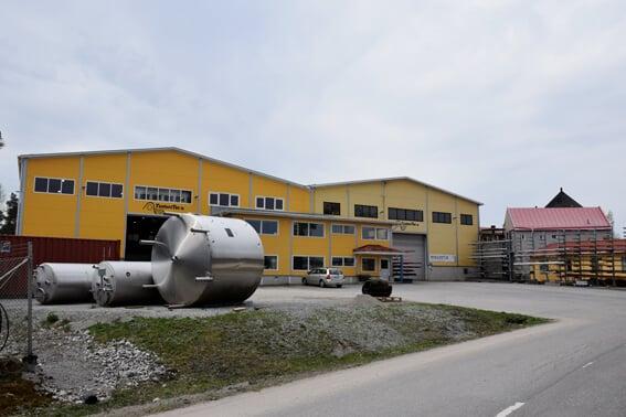 Komeaa uutta tuotantotilaa. Tuore laajennus tuplasi TunturiTecin tilat hiljattain Paraisten Betonitiellä 4000 neliömetriin.