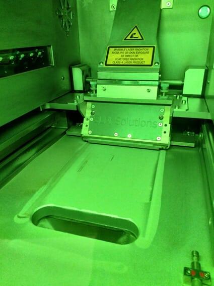 Tulostusprosessi. Tänä päivänä kaikki V.A.V Groupin työkalut valmistetaan 3D-tulostamalla.