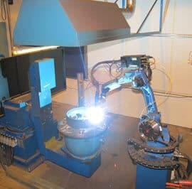Vexve panostaa voimakkaasti tuotannon automatisointiin. Koneinvestointeihin käytetään 7 % liikevaihdosta.