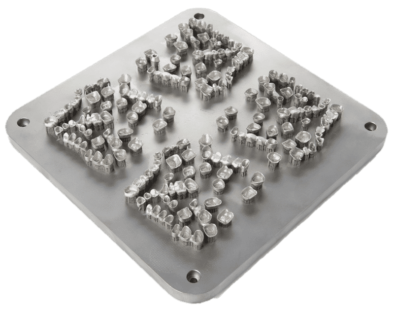 3D-tulostuksessa kappaleen monimutkaisuus sekä massaräätälöinti eivät aiheuta mitään lisäkustannuksia verrattaessa yksinkertaisen kappaleen sarjavalmistukseen.