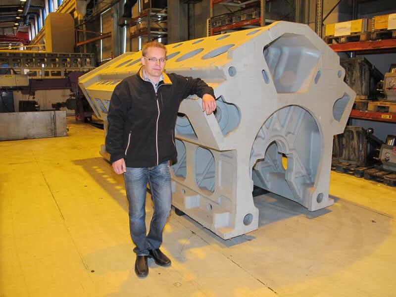 – Jatkuva tuote- ja tuotannonkehitys takaa laatumme. Wärtsilä onkin yksi kärkinimiä Suomessa, kun vertaillaan vuotuisia T&K-projekteihin käytettyjä ponnisteluja, kertoo kehitysinsinööri Tero Kujamäki.